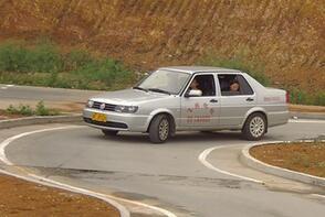 c1桑塔纳科目二曲线行驶考试技巧要领